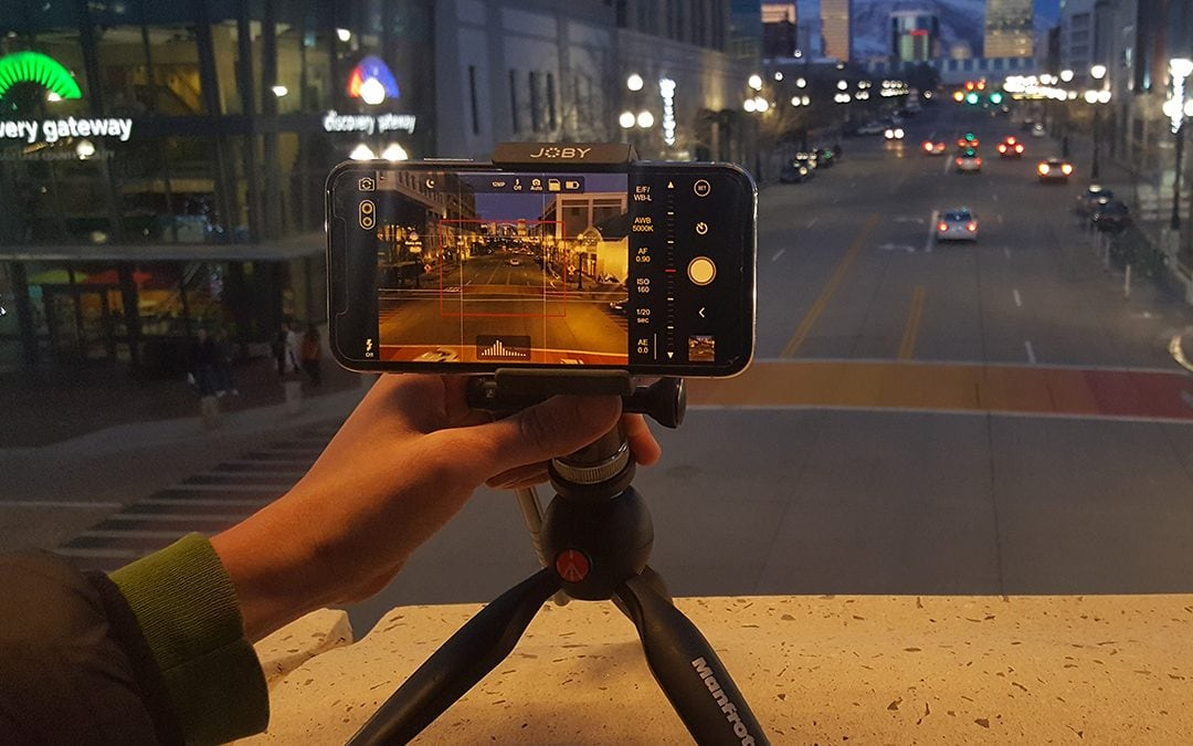 How to Take Night Photos on an iPhone and Android